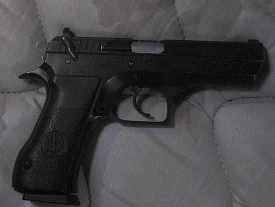 pistol 002